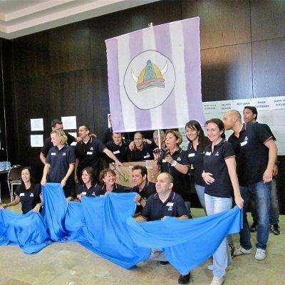 Imagen de una jornada de team building liderazgo